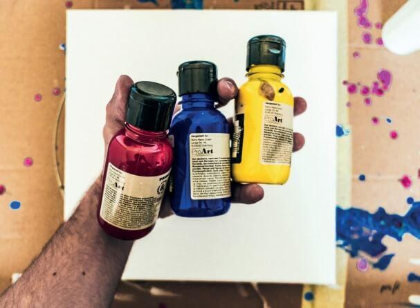 Materialien fürs Pouring aus dem Acrylic Pouring 1 x 1 E-Book